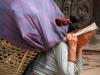 કામના સ્થળે ભારે વસ્તુઓ ઉઠાવવાથી મહિલાઓ બની શકે છે વાંઝ