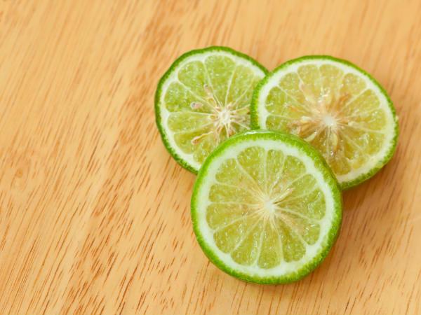 Best Ways Use Lemon On Face