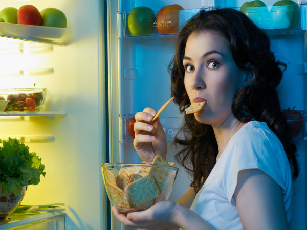 how to curb night time snacking