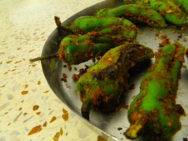 Stuffed Chillies Recipe Or Besan Ki Bharwan Mirch