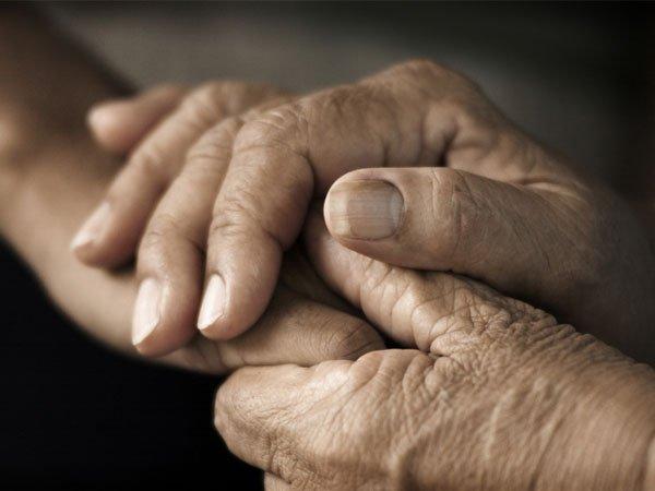 આખરે શું કારણ છે કે તમારા હાથ પડી જાય છે સુન્ન