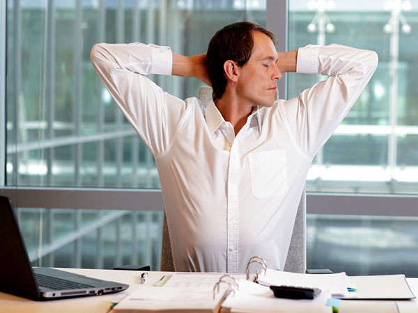 Expert Tips Control Hypertension When You Have Desk Job