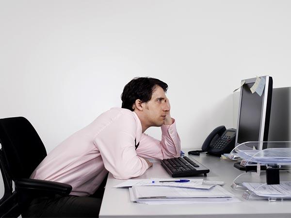 સતત એક સ્થળે બેસી કામ કરવાથી જલ્દી થાય છે મોત, અપનાવો આ રીતો અને સલામત રહો