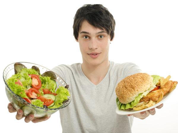 10 ખોરાક કે જે તમને બીમાર કરી શકે છે