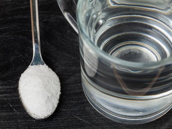 બેકિંગ સોડા ને પાણી સાથે પીવા થી કેન્સર ની સારવાર થઇ શકે છે.
