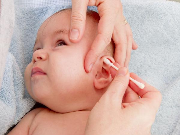 બાળકોમાં કાન ચેપ માટેના કારણો અને રેમેડીઝ