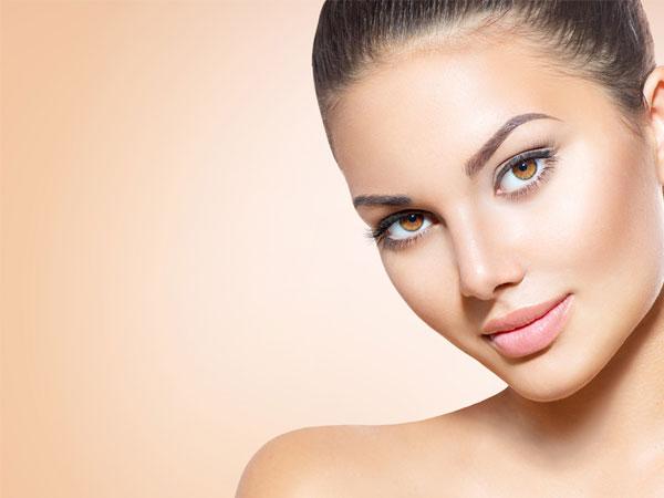 તમારા મેકઅપ ને સ્વાત પ્રુફ અને લોન્ગ લાસ્ટીંગ કઈ રીતે રાખવો