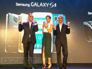 Samsung Galaxy S 5 Launched India 016936 Pg