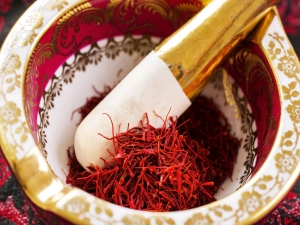 Top 6 Health Benefits Of Saffron For Pregnant Women