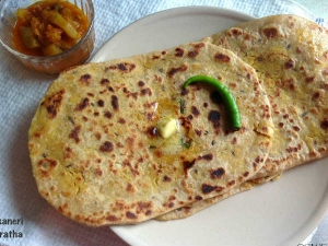 Bikaneri Parantha Recipe