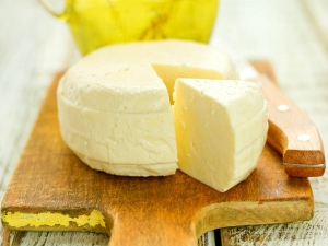 Foods You Should Never Eat Past Their Expiry Date