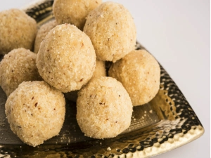 How Prepare Sugar Free Ladoo