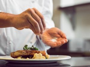 High Salt Intake May Double Chances Heart Failure