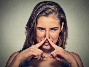 Reasons Behind Bad Vaginal Odour Females