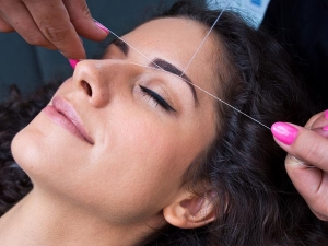These Mistakes Women Make After Threading