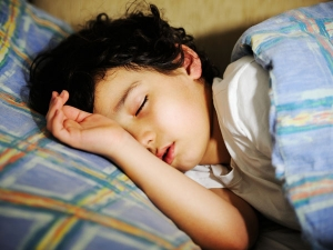 Ten Foods That Help Your Kids Fall Asleep