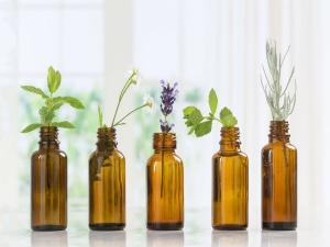 Amazing Essential Oils That Can Eliminate Stretch Marks