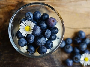 Blueberries To Tighten Skin Pores And Boost Hair Growth