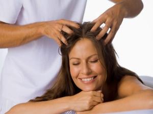 તમારા વાળને ઓઇલિંગ કરતા શું કરવું અને શું કરવું તે નથી